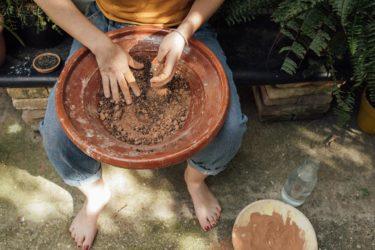 Bolas de semillas: sembrar y cerrar círculo.